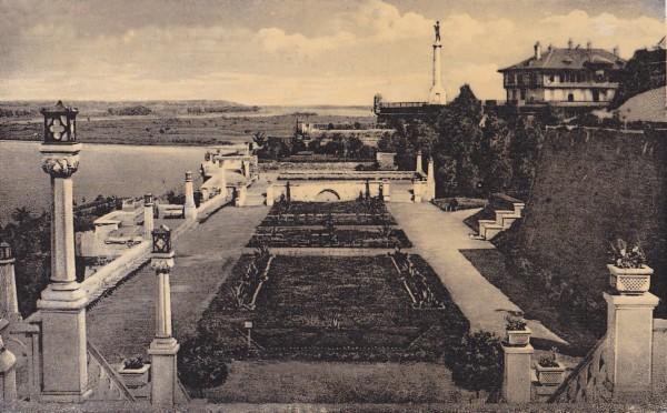 """Izgled  """"novog vrta"""" na Beogradskoj tvrđavi 1931.godine"""